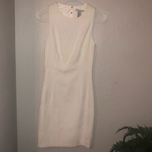 H&M | Off White Textured Sleeveless Dress